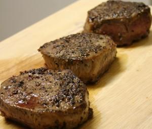 肉料理とペッパー(コショウ)