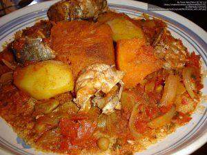 魚を使ったクスクス料理(リビア)