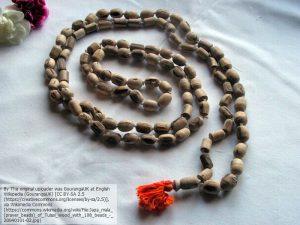 トゥルシーの木で作った数珠(ジャパ・マーラー)