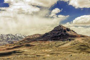 パミール・ハイウェイより、山間の風景(タジキシウタン)